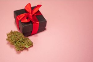 10 Best Weed Gifts for Your Stoner Friends