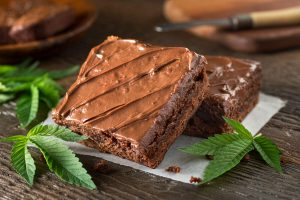 Simple Recipe on How to Make Edible Chocolate